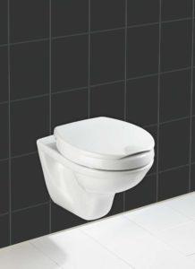 Toilettensitzerhöhung mit Deckel und Absenkautomatik